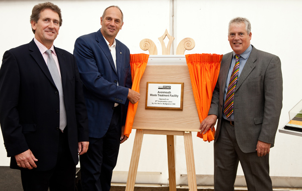 unveiling of plaque by Sir Steve Redgrave CBE